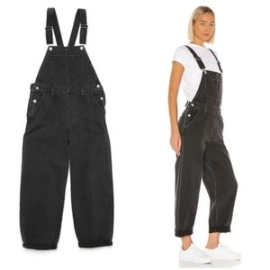 Levi's Slouch Overalls in Loose Cannon Black Grey